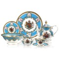 BUCKINGHAM PALACE COAT OF ARMS TEACUP AND SAUCER 3.jpg