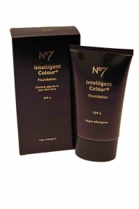 Boots No7 – Intelligent Colour Foundation 40ml - Medium