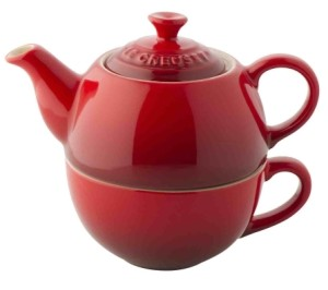 Le Creuset Stoneware Tea for One Set - Cerise