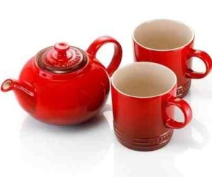 Le Creuset Stoneware Tea for Two Set, Cerise