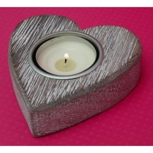 Wooden Heart Candle Holder Rustic White Wash 9cm